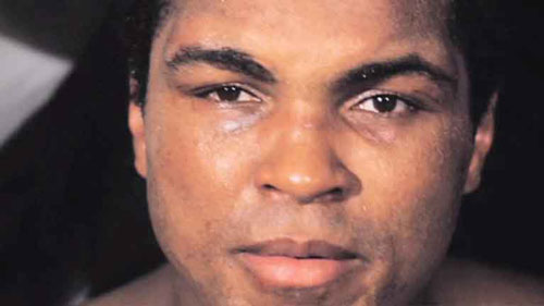 Photo of Muhammad Ali mejora de su neumonía y podría salir del hospital en breve