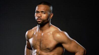 Photo of Roy Jones Jr. comparte teoría sobre por qué se retrasó la pelea de Mike Tyson