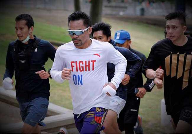 Photo of Pacquiao comienza a entrenar en EE. UU. CINCO MILLAS CORRIENDO Y 1.000 ABDOMINALES